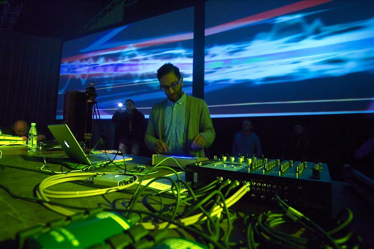 electronic wave 2012 - gorzow wielkopolski vj - wizualizacje splaszfx (1)